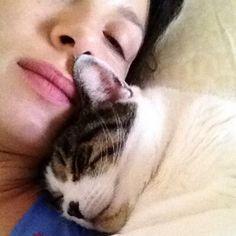 Caitriona Balfe's twitter profile pic. I knew I liked her!