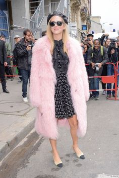 Chiara Ferragni - Défilé Giambattista Valli, collection prêt-à-porter printemps-été 2018 à Paris. Le 2 octobre 2017.