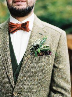 Autumn Wedding Ideas 25 stylish ideas for our autumn/winter grooms. - 25 stylish ideas for our autumn/winter grooms. Rustic Wedding Suit, Tweed Wedding Suits, Wedding Men, Wedding Dinner, Gothic Wedding, Vintage Wedding Suits, Drinks Wedding, Wedding Gazebo, Garden Wedding