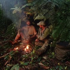 Tonight on Discovery Channel's DUAL SURVIVAL, Joe Teti and Matt Graham continue to try and find their way out of a tropical volcanic island. Last week, in Par