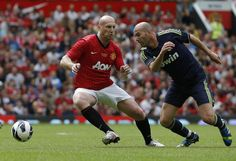 'Once a Beast, Always a Beast'  Jaap Stam vs Zidane in Old Boys Match.. #jaapstam #manutd #realmadrid