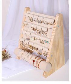 Organizador de joyas exhibición de joyas soporte de perno de | Etsy Wood Jewelry Display, Bracelet Display, Jewelry Stand, Jewelry Case, Wooden Jewelry, Jewellery Display, Wood Display Stand, Earring Display Stands, Ring Displays