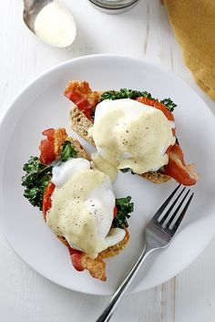 bacon, kale + roasted tomato eggs benedict {giveaway}