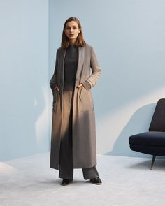 See the complete M. Martin Pre-Fall 2017 collection.