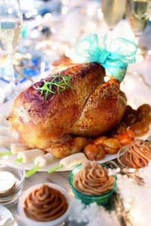 Dinde de Noël aux marrons © Arc