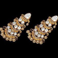 Gorgeous Diamond earrings. #Diamonds #Jewellery #Jaipur #sparkling