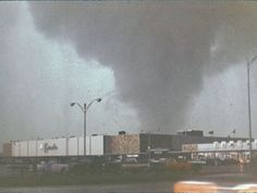New Photos of 1967 Oak Lawn Tornado Surface - Oak Lawn, IL - Resident finds color slides of actual funnel cloud that nearly destroyed Oak Lawn in Oak Lawn Illinois, Tornado Pictures, Tornado Pics, Landscape Photos, Landscape Photography, Central Park Manhattan, Chicago Area, Chicago City, Nostalgic Images