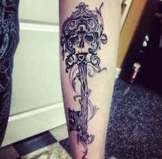 Creative Skeleton Key Tattoo #SkeletonKey #KeyTattoo #ShinTattoo