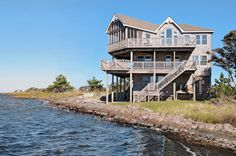 VISION AERIE: 5 bedrooms, 4.2 baths on the Avon sound front