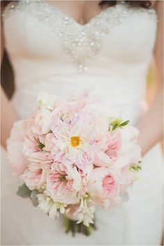 Le Magnifique Blog: Intimate Destination Wedding in Hawaii