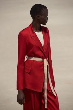 See the complete M. Martin Resort 2018 collection.