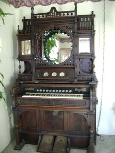 250 Story And Clark Antique Pump Organ Story And Clark