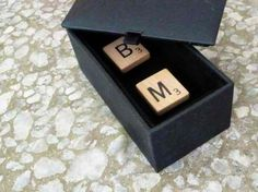 Cufflinks are a great gift for the lads of the bridal party.Tutorial to make these cufflinks made from scrabble tiles bearing each dude's initials. Diy Projects For Men, Diy Craft Projects, Craft Tutorials, Crafts To Make And Sell, Easy Diy Crafts, Diy Leather Bracelet, Do It Yourself Fashion, Gifts For Father, Diy Tutorial