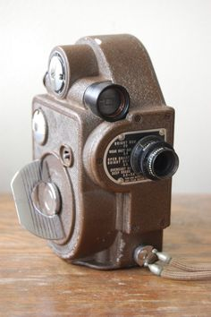 Vintage Revere double 8 Model 88 Film Movie Camera - I have my grandpa's camera like this
