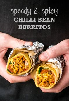 Speedy & Spicy Chilli Bean Burritos are lip-smackingly good, with a filling that's creamy, fresh and spicy all at the same time! Vegan and vegetarian. Vegan Bean Recipes, Vegan Dinner Recipes, Vegetarian Recipes Easy, Delicious Vegan Recipes, Veggie Recipes, Mexican Food Recipes, Cooking Recipes, Vegan Vegetarian, Veggie Dinners