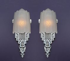 Very rare pair! .  Over the years we have lusted after this Vintage American Art Deco slip shade wall sconce. So rare this is our first pair ever, with over 15 years in the hunt. Has hallmarks of Lincoln Mfg. Co., Detroit. These antique lighting fixtu http://www.timemart.vn/305/p/356042/may-tap-co-bung.html    http://www.timemart.vn/