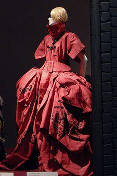 Gothic Dark Glamour Exhibit