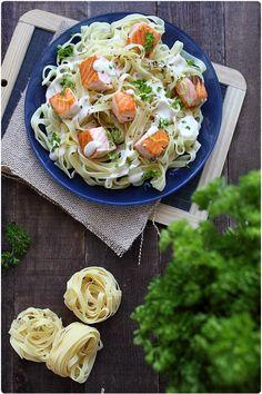 Tagliatelles au saumon, sauce fromage blanc au sésame - Chef Nini