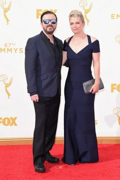 Pin for Later: Seht alle TV-Stars bei den Emmy Awards Ricky Gervais und Jane Fallon