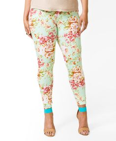 Floral Leggings   FOREVER21 PLUS - 2040495981 - Plus size. I really like these, I would definitely have to wear a much longer top or even a shorter dress with these. :) No Longer Available.