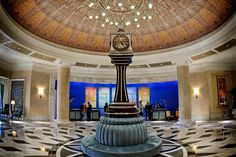 Lobby of the Waldorf Astoria Orlando, and a replica of one of the world's most famous clocks.