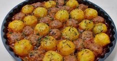 Chiftele cu cartofi la cuptor Romanian Food, Romanian Recipes, Good Food, Yummy Food, Sliced Potatoes, Vegetable Recipes, Summer Recipes, Cake Recipes, Food And Drink