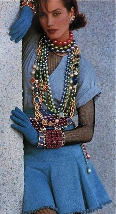 Chanel, 1990's Style. ♡✿♔Life, likes and style of Creole-Belle♔✿✝♡: