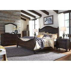 Traditional Dark Brown 4 Piece Queen Bedroom Set   Catawba