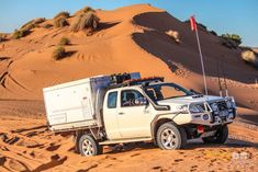 trayon camper slide on camper 4wd suspension dunes Toyota Hilux Simpson desert