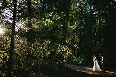 Stunning Wedding Photo Ideas MorningWild Photography Venue Highland Lake Inn & Resort  Flat Rock, NC NC Mountain Wedding Venues #HLinnNC