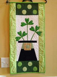 St. Patrick's Day Wall Hanging Made by Jessica Hall Design by Joined at the Hip