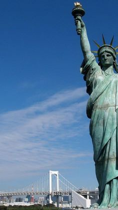 landscape-statue-of-liberty-national-monument-new-york-harbor