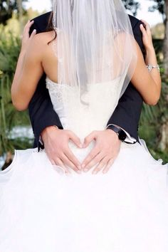 Love this wedding picture