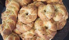 Τσουρεκοκούλουρα _Αφράτα _και_ μυρωδάτα_ Bagel, Bread, Food, Brot, Essen, Baking, Meals, Breads, Buns