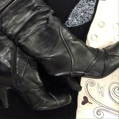 """Faux Fur Lined Leather Boots Size 8 Crown Vintage  zip up boots with soft faux fur inner lining, genuine black leather upper, and man made sole. Heel height is 3 1/2"""". Minimal signs of wear- I am not a high heel type of girl, despite what my shopping habits lead me to believe  Crown Vintage Shoes Heeled Boots"""