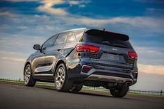 http://st.motortrend.com/uploads/sites/5/2017/11/2019-Kia-Sorento-rear-three-quarter-03.jpg