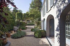 Renovatie van een klassieke villa in Kraainem • b+