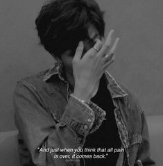 ⋠Rm – ⋠Rm – This image has 188 repetitions. Bts Lyrics Quotes, Bts Qoutes, Film Quotes, Mood Quotes, True Quotes, Bts Citations, Bts Texts, Heartbroken Quotes, Heartbroken Pictures
