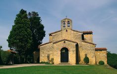 Iglesia de San Julián de los Prados #Oviedo #Prerrománico #cultura #culture #Asturias #ParaísoNatural #NaturalParadise #Spain