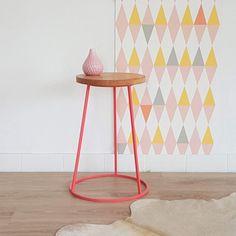 Hocker, Stativ Hocker, Holz und Metall, Sitz, Vintage, Himbeer rosa Farben Industrie-, Modell Saturnin
