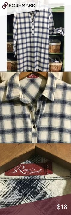 """Hi-Lo Flannel Tunic Women's, long sleeved flannel tunic; 45% Rayon, 50% Polyester & 5% Spandex, L approx 34"""", chest 42"""". Roxy Rascals Tops"""