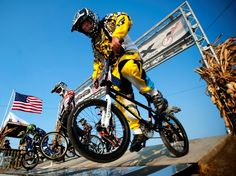 This #dental professor is 43 yrs old - and he races BMX!!    BMX competition drives dental professor 'Papa Wahl'