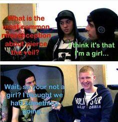 Bryan Stars interview I love this part lol hahahaha Emo Bands, Music Bands, Rock Bands, Band Quotes, Band Memes, Bryan Stars, Jaime Preciado, Tony Perry, Falling In Reverse
