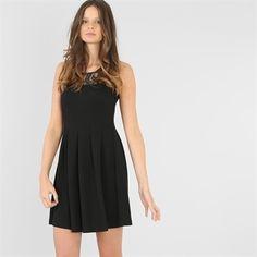 Pimkie.es : Te apasionará el punto acanalado del vestido de patinadora negro.