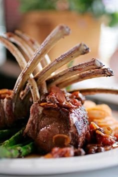 rack-of-lamb - new gourmet recipes www.pearlwisdom.org [ MyGourmetCafe.com ] #dinner #recipes #gourmet