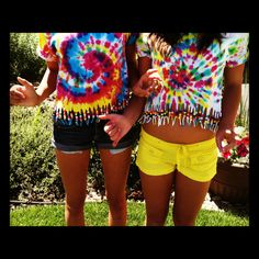 For my kids who are crazay about tye dye ...Summer tye dye!