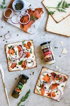 Lox and Horseradish Schmear Matzah Pizza #ad #StepOutOfYourComfortFood