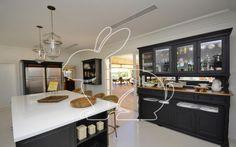 Prontos para Morar Residencial Cond. Quinta da Baronesa Casa em Condomínio 5 dormitórios 7100 metros 6 Vagas   Coelho da Fonseca