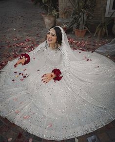 This beautiful nikkah bride chooses for her big day. Looking gorgeous in an elegant ivory look with… Pakistani Wedding Outfits, Pakistani Bridal Dresses, Pakistani Wedding Dresses, Bridal Outfits, Bridal Lehenga, Bridal Gown, Nikkah Dress, Shadi Dresses, Mehndi Dress