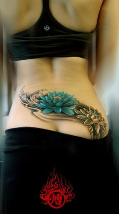 Lower back offers a lot of wide, smooth space for tattooing tattoos. Tattoos on lower back grasp their figure and colors much longer than those on other areas. Lower tattoos are one of the most beautiful tattoos for females. They can be very stylish Tattoo Girls, Girl Back Tattoos, Back Tattoo Women, Tattoos For Women, Sexy Tattoos, Cover Up Tattoos, Trendy Tattoos, Tatoo Flowers, Flower Tattoos